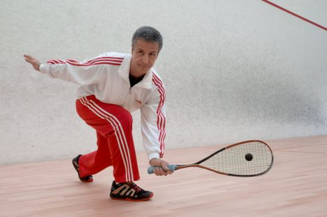 roland-bassibey-prof-de-squash-amortie